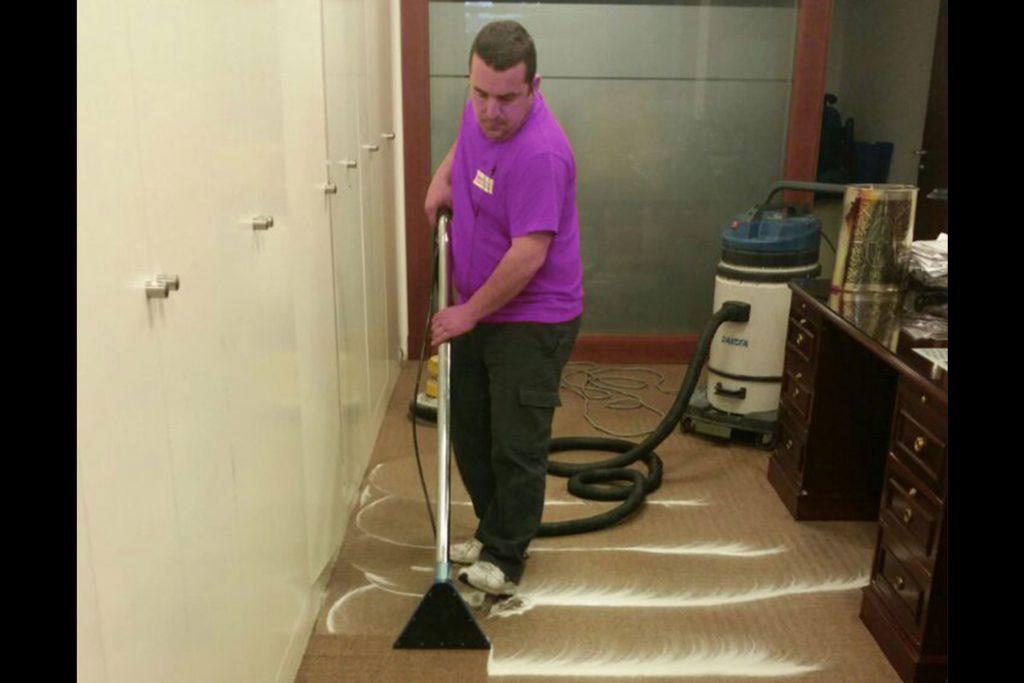 Limpieza profesional de suelos